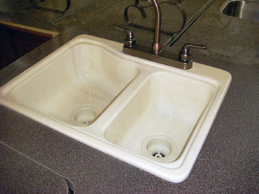 travel trailer kitchen sinks
